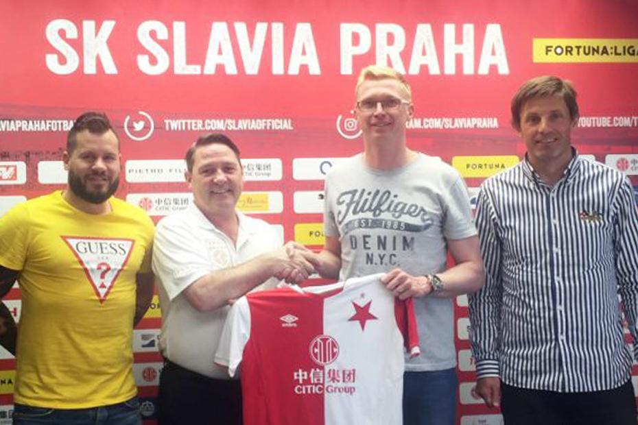 Slavia_Praha.jpg